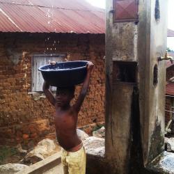 Social - Accès à l'eau Potable un Combat Vital.